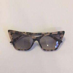 Like new MVMT sunglasses